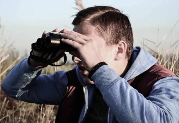 Comment filmer discrètement à l'extérieur ?